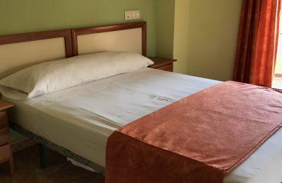 Habitación de Matrimonio cómoda Hotel Imperial Cullera